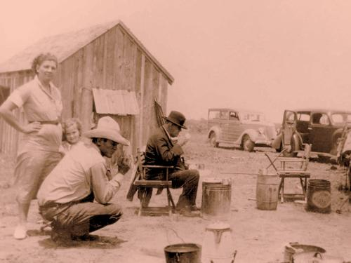 Dig-Daddy-and-Coffee-at-cow-camp